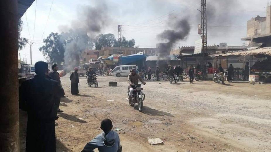 "مظاهرات في بلدتين خاضعتين لـ ""ب ي د"" شرق دير الزور (صور)"