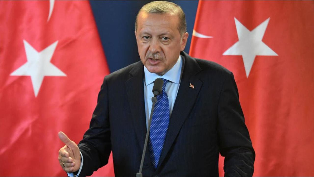 """أردوغان يهدد الولايات المتحدة بتفيذ """"خطة خاصة"""" في شرق الفرات"""