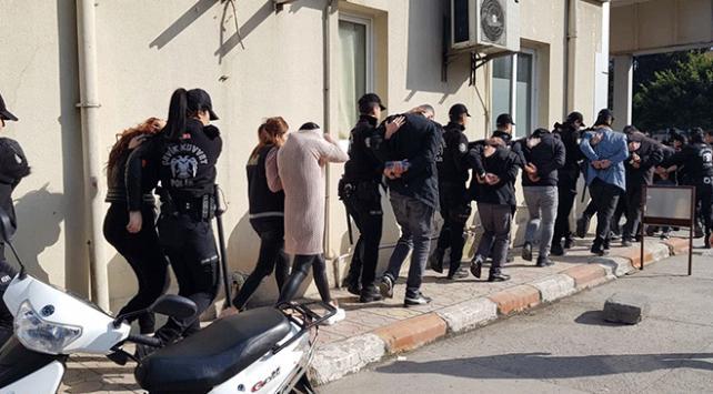بقيمة خيالية.. السلطات التركية تطيح بعصابة تزوير أموال في ولاية هاتاي