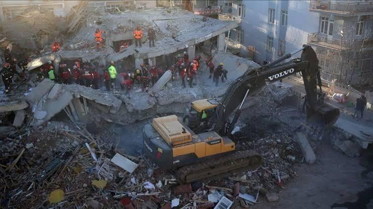 بعد الزلزال.. أهالي إلازيغ التركية يواجهون صعوبة كبيرة في العثور على منازل للإيجار