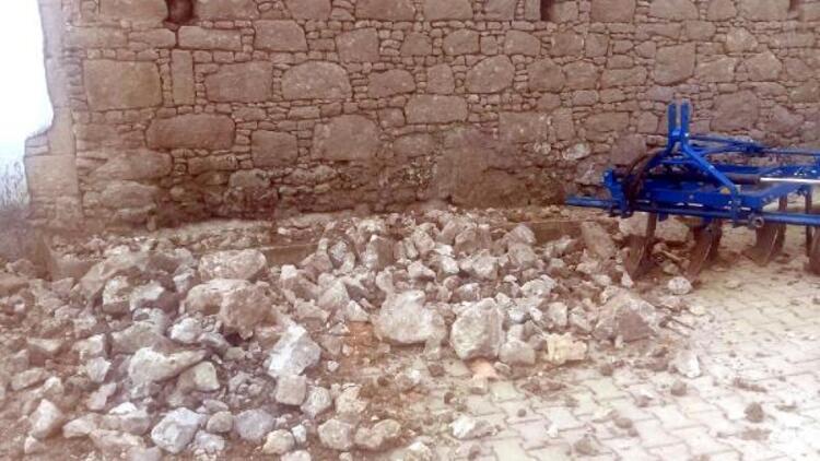 115 هزة ارتدادية ضربت مانيسا بعد زلزال السبت