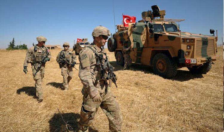 وزارة الدفاع التركية: مقتل 3 جنود أتراك شمال سوريا
