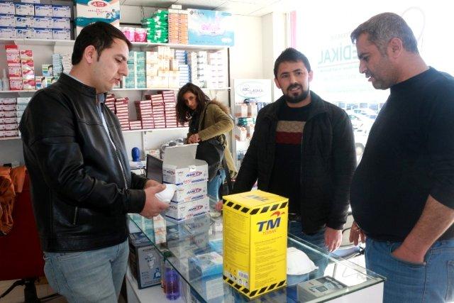 ارتفاع أسعار الأقنعة الطبية الواقية في تركيا بنحو 17 ضعفاً !