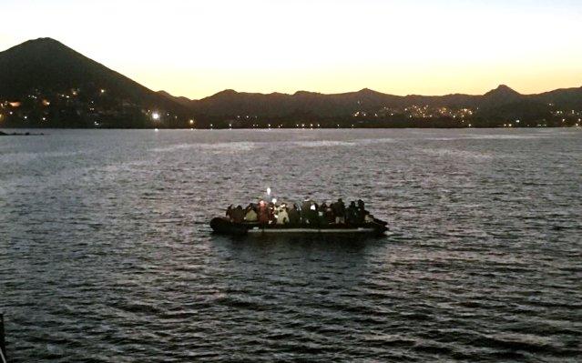 خفر السواحل التركي ينقذ 48 مهاجراً بينهم 20 سورياً قبالة سواحل موغلا