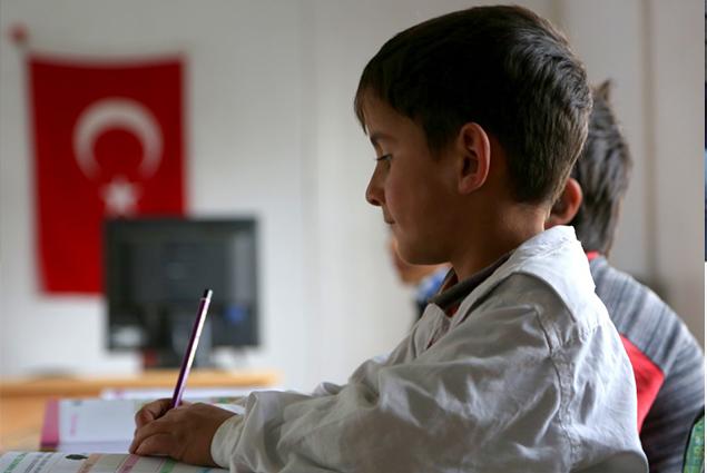 هل تدخل دروس التعليم عن بعد في الامتحانات؟.. وزير التعليم التركي يجيب