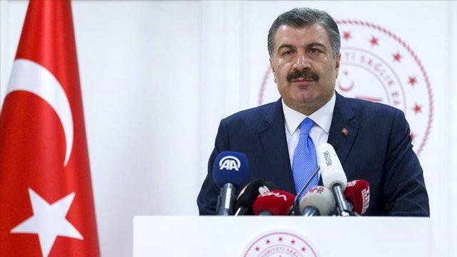 وزير الصحة التركي يرجح عودة الحياة إلى طبيعتها في هذا التوقيت..