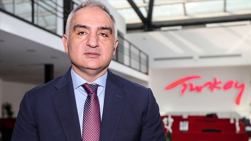وزير السياحة التركي يرجح عودة النشاط السياحي في هذا الموعد