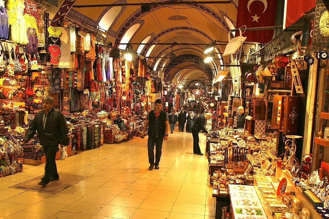 """""""بازار إسطنبول"""" الكبير يتجهز للعودة بعد إغلاق أليم"""