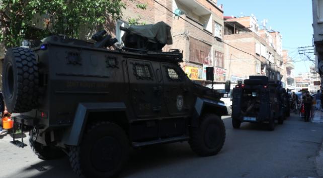 ديار بكر.. مقتل شرطي تركي برصاص شخص رفض التوقف على نقطة تفتيش