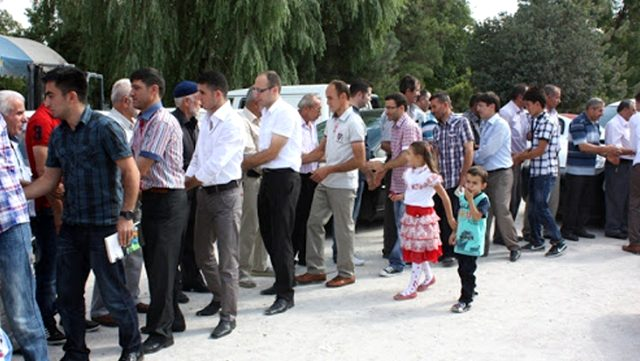 بروفيسورة تركية تحذر المواطنين من القيام بهذه الأعمال خلال عيد الفطر