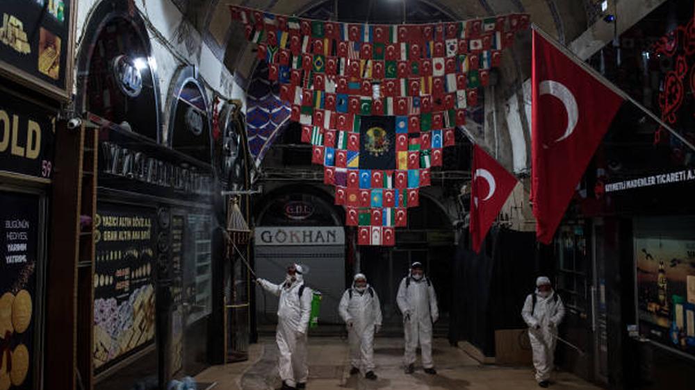 """صحف تركية تتداول صوراً """"غير مبشرة"""" في مدينة إسطنبول وتحذر من المخاطر"""