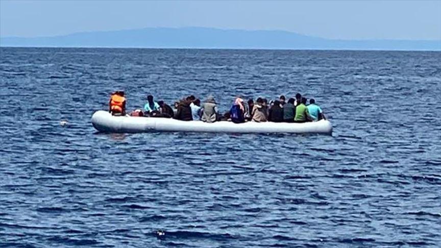 تركيا.. إنقاذ 40 طالب لجوء أجبرتهم اليونان على العودة