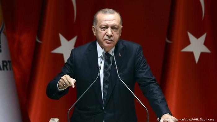 أردوغان يتدخل شخصياً لإلغاء حظر التجول يومي السبت والأحد ويكشف عن الأسباب