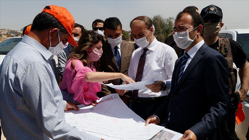 تركيا تستعد لافتتاح بوابة جمركية جديدة على الحدود السورية