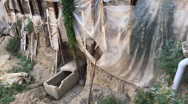 العثور على مقبرة أثرية في ولاية إزمير يزيد عمرها عن ألفي عام