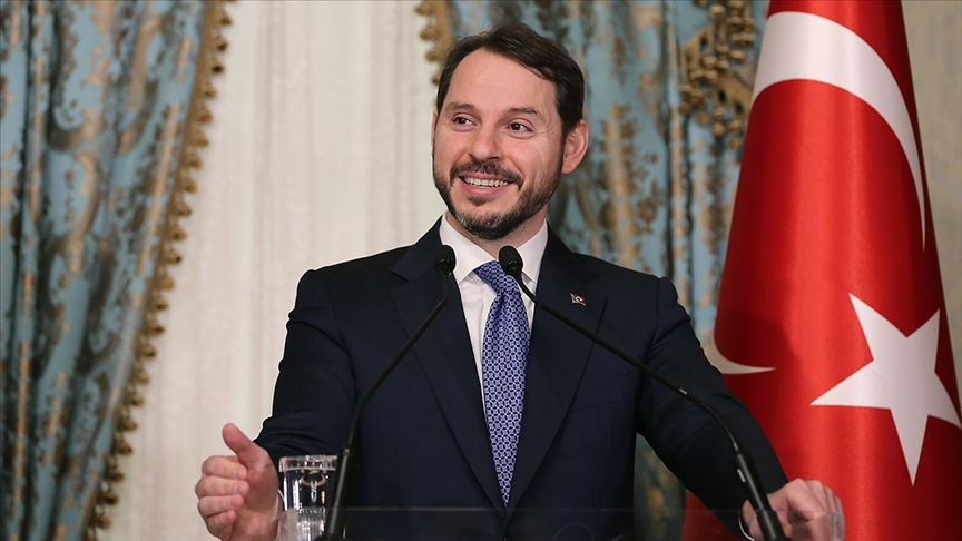 وزير تركي: المعطيات تشير إلى بدء تعافي الاقتصاد
