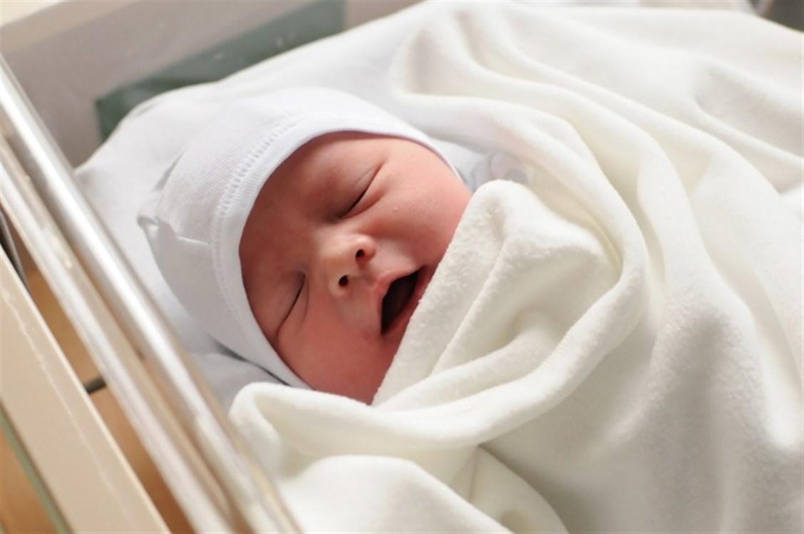 """""""الهلال الأحمر"""" التركي يعلن بدء التسجيل على مساعدات الأطفال حديثي الولادة بإسطنبول"""