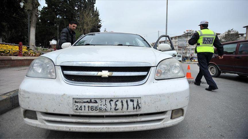 رداً على مزاعم برلماني معارض.. الهجرة التركية : السوريون ملزمون بدفع الضرائب على سياراتهم