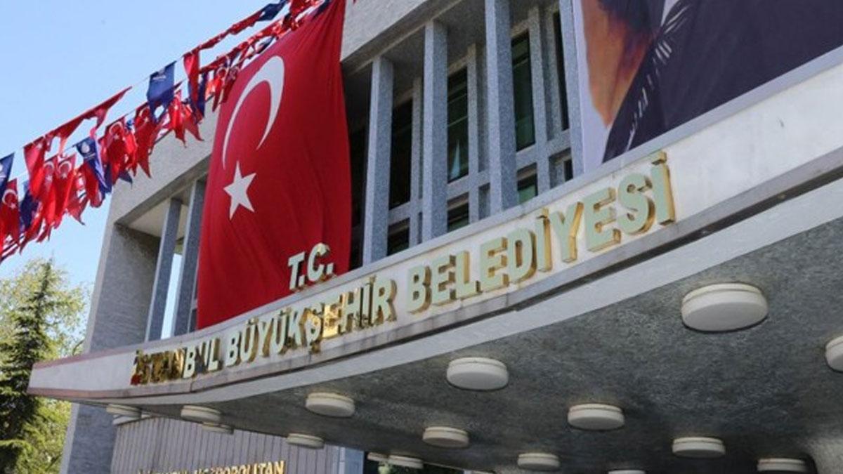 بلدية إسطنبول تثير سخرية واسعة بعد نشر صورة مفبركة لكريستيانو رونالدو.. ما قصتها ؟