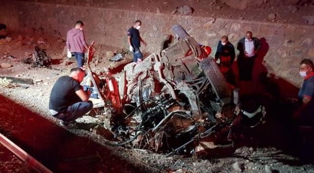 مصرع 3 أتراك وإصابة آخرَين بحادث سير مروع في ولاية نيغدة
