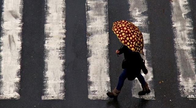إنذار باللون الأصفر تحذيراً من عاصفة مطرية قوية في عدة ولايات تركية