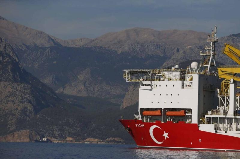 تركيا تجري محادثات مع طرابلس للبدء بعمليات تنقيب عن الطاقة