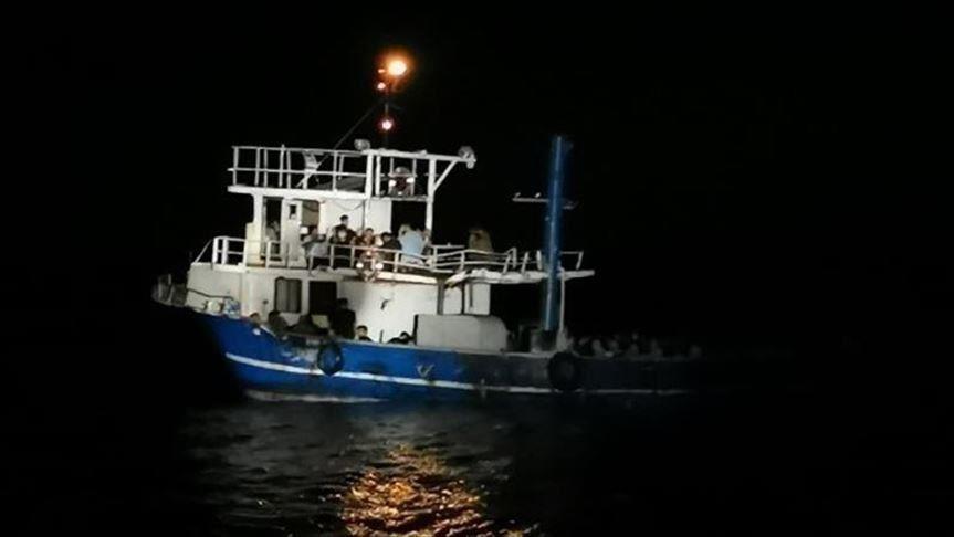 ضبط 165 مهاجرا قبالة سواحل أنطاليا التركية