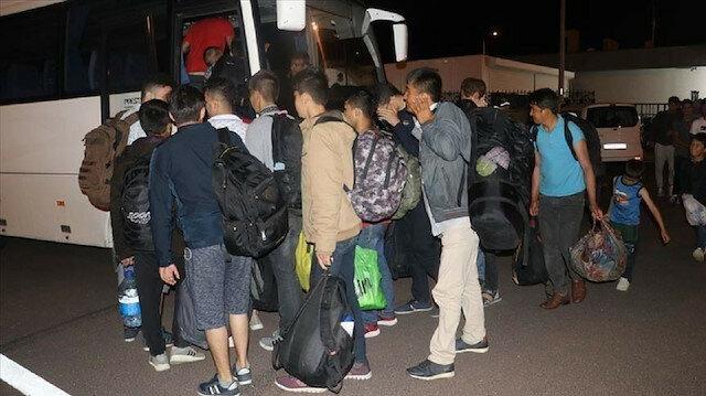 بينهم سوريون..ضبط 15 طالب لجوء شمال غرب تركيا