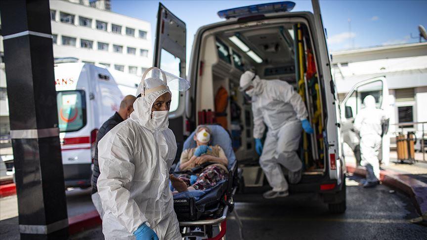 وزير الصحة التركي يكشف أكثر مناطق إسطنبول ارتفاعاً بإصابات كورونا