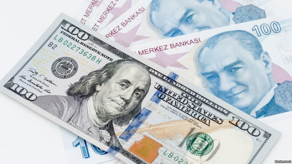الليرة التركية تسجل تحسناً أمام الدولار الأمريكي