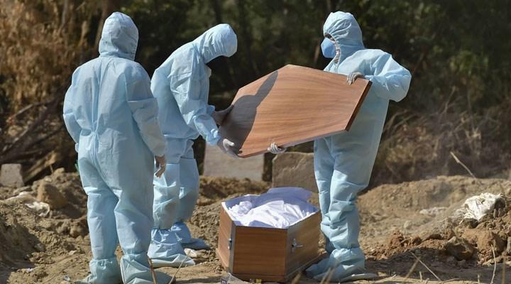 تركيا تسجل 177 وفاة بكورونا