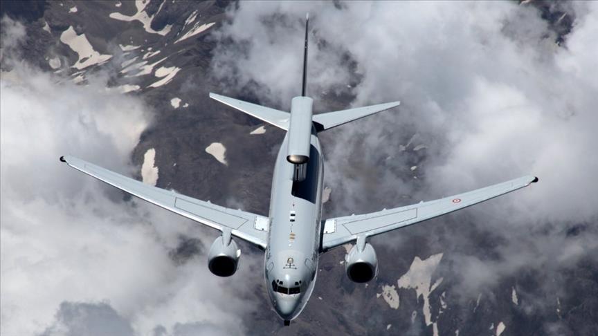 طائرات تركية تجري طلعات تدريبية شمال بحر إيجة