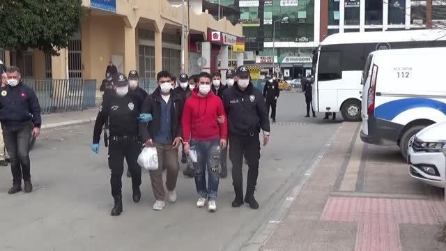 الشرطة التركية تعتقل 14 سورياً في مرسين وترحل عدداً منهم