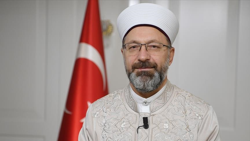 رئيس الشؤون الدينية التركي يلتقي رئيس المجلس الإسلامي السوري