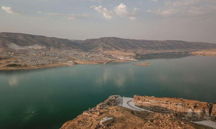 """نسب المياه تتراجع لمستويات """"خطيرة"""" وشبح الجفاف يخيم على سدود تركيا"""