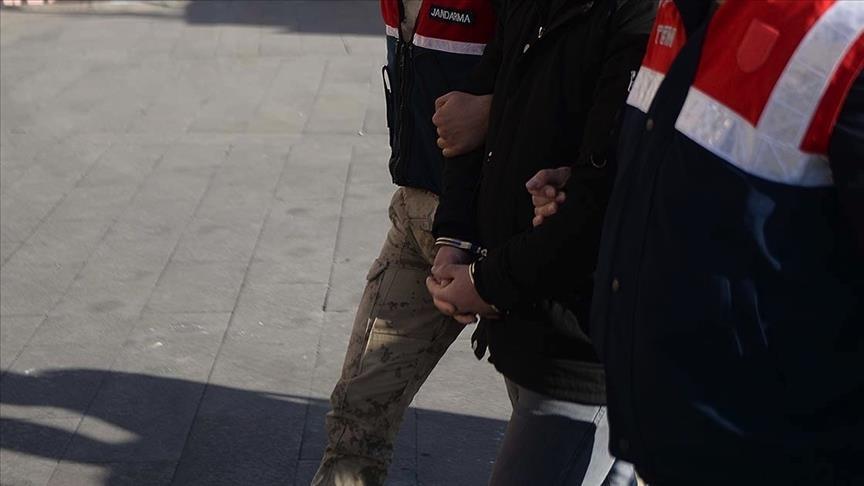 القبض على 3 عناصر من تنظيم الدولة حاولوا التسلل إلى تركيا