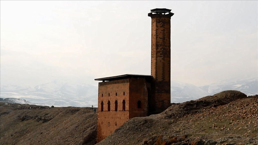 إعادة ترميم أول مسجد بناه الأتراك في منطقة الأناضول قبل نحو 950 عاماً (صورة)