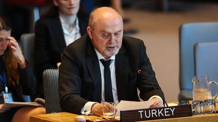 تركيا تنتقد تجاهل المجتمع الدولي لأعباء الحرب السورية عليها