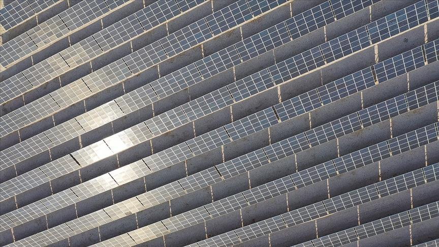 تركيا.. الطاقة المتجددة تمثل 43 بالمئة من إنتاج الكهرباء