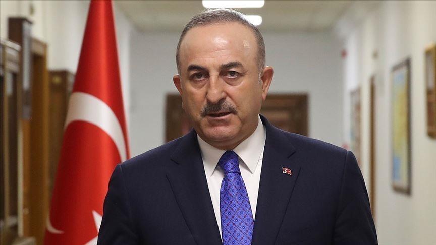 وزير الخارجية التركي يلتقي السفير اليوناني في أنقرة