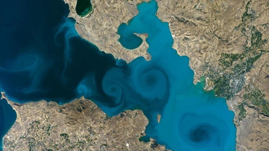 """تركيا.. صورة بحيرة """"وان"""" تتأهل لنهائي مسابقة """"ناسا"""""""