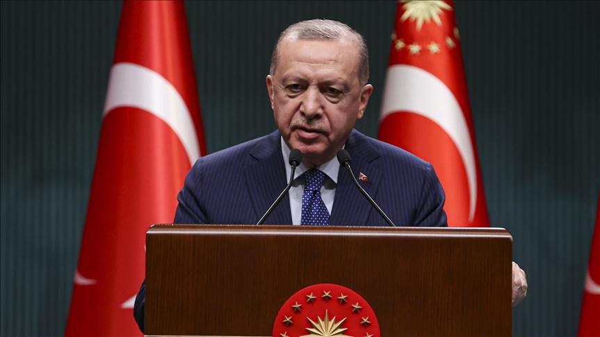 أردوغان يهنئ العاملين بالقطاع الصحي في يومهم العالمي
