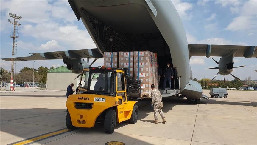 طائرة تركية محملة بلقاحات مضادة لكورونا تنطلق إلى ليبيا