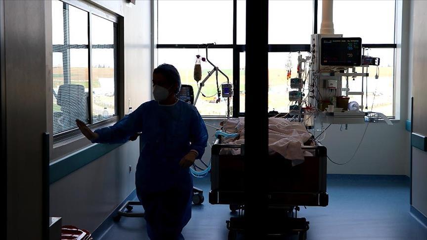 تركيا تسجل 288 وفاة بكورونا