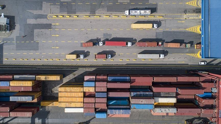 صادرات تركيا ترتفع 42,2 بالمائة في آذار الماضي