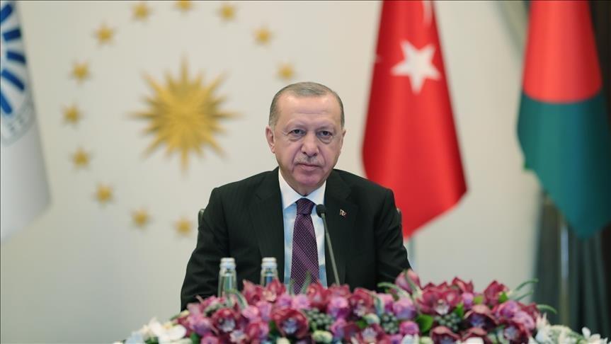 """أردوغان يدعو مجموعة الدول """"الثماني الإسلامية"""" إلى مواكبة المتطلبات الراهنة"""