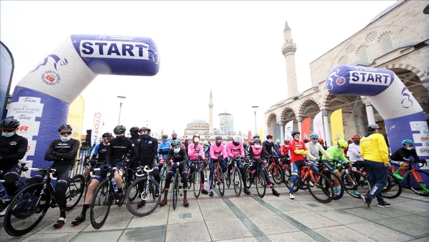 """تركيا.. انطلاق """"جولة مولانا الدولية للدراجات الهوائية"""" الـ26"""