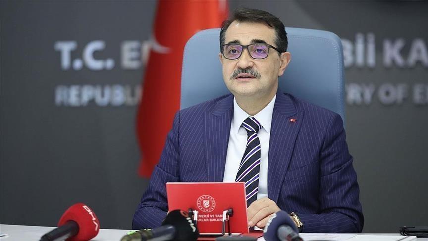 وزير الطاقة التركي: أولويتنا وإيران توسيع اتفاقية التجارة التفضيلية