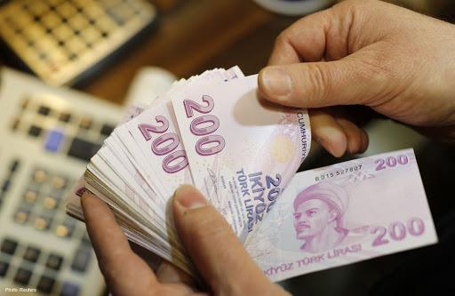 تحسن طفيف بسعر صرف الليرة التركية مقابل بقية العملات الأجنبية