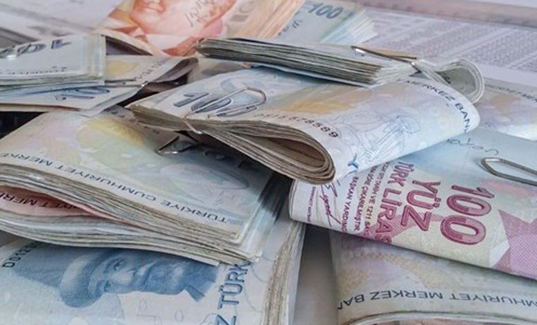 أسعار صرف الليرة التركية مقابل الدولار واليورو اليوم الأحد 2-5-2021